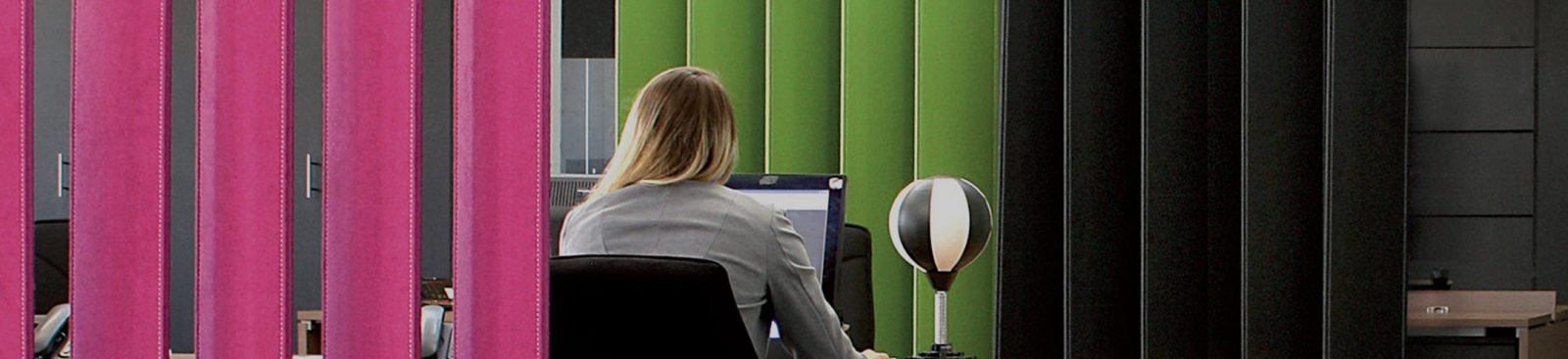The ABCs of acoustics: how acoustic furniture improves focus in a noisy office image