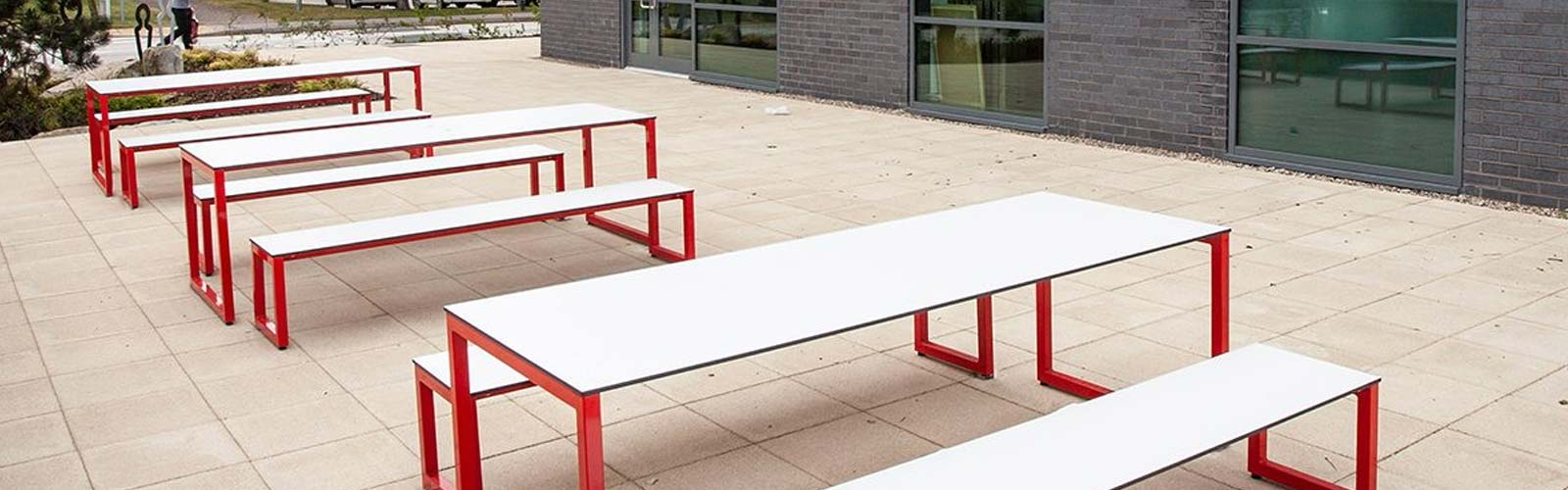Outdoor office furniture from Frovi