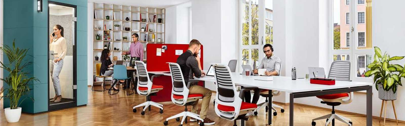 steelcase-meeting-pod