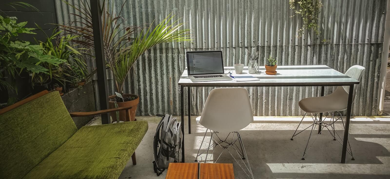 Modern office interior design using texture